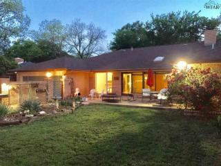Apartments Near Midwestern State University 68 Rentals Available On Trulia 2411 Clayton Ln Wichita Falls Tx 76308