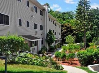 Studio Luxury Apartments & Other Communities For Rent in