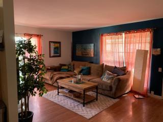 Room For Rent Near Mesa Community College San Diego Hylen
