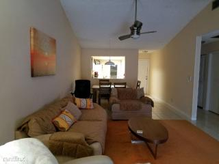 Rooms For Rent In Royal Palm Beach Fl 3 Rooms Trulia