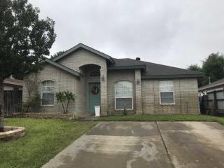 1008 Warren Ave, Laredo, TX - Single-Family Home - 10 Photos