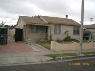 2042 Hickory Street, Santa Ana CA
