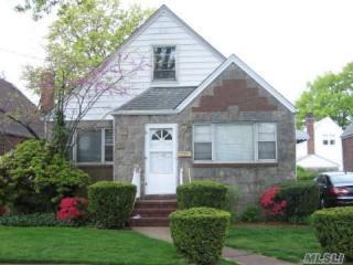 625 South 12th Street, New Hyde Park NY