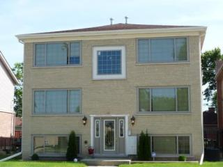 3122 Saint Charles Road #2W, Bellwood IL