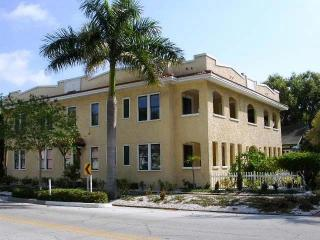 2163 Burlington Avenue N #1, Saint Petersburg FL