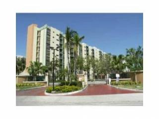 17021 North Bay Road, Sunny Isles Beach FL