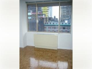 10 5th Avenue #17G, New York NY