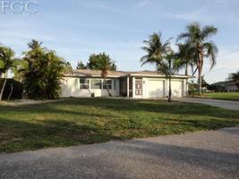 2232 Southeast 27th Street, Cape Coral FL