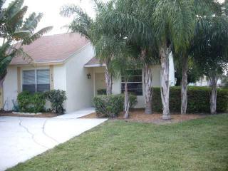 124 Pinewood Court, Jupiter FL