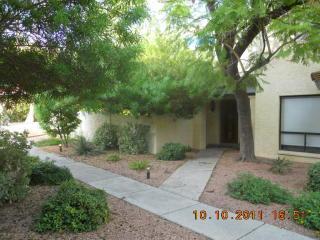 10424 North 11th Place, Phoenix AZ
