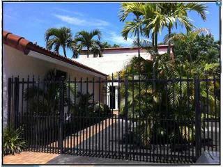 11719 Southwest 107th Lane, Miami FL