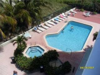 17275 Collins Avenue, Sunny Isles Beach FL