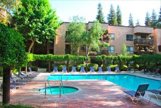 22100 Burbank Boulevard #267, Woodland Hills CA