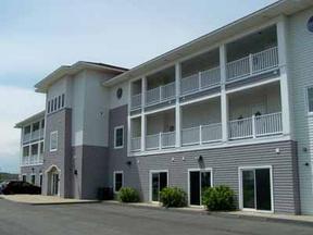 102 S Club Hotel Inium