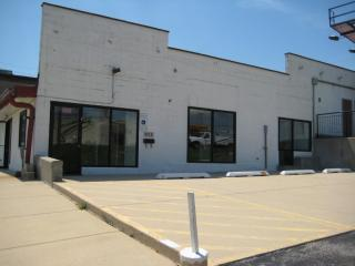 925 North Lake Street, Aurora IL
