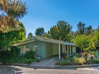 12420 Rochedale Lane, Los Angeles CA