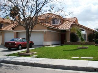 1066 Serena Drive, San Jacinto CA
