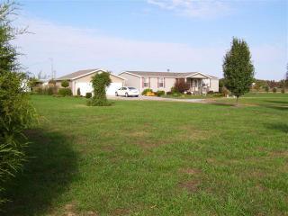 746 Toy York Road, Benton KY