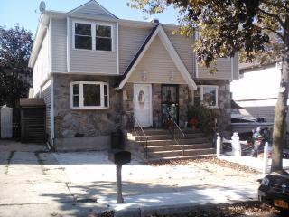 396 Bartlett Avenue, Staten Island NY
