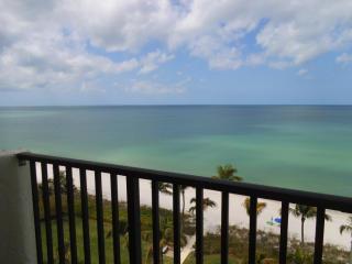 10525 Gulf Shore Drive, Naples FL