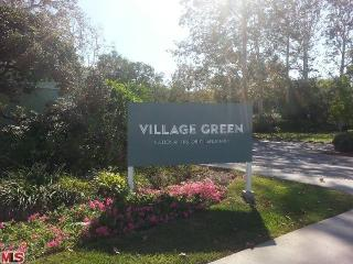5465 Village Grn, Los Angeles CA
