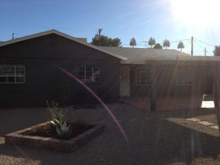 2433 East Minnezona Phoenix, Phoenix AZ