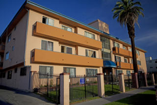 1320 South St Andrews Place #303, Los Angeles CA