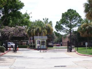 17050 Imperial Valley Dr, Houston, TX 77060