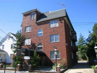 1086 Lynn Place, Woodmere NY