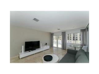 1100 Collins Avenue, Miami Beach FL