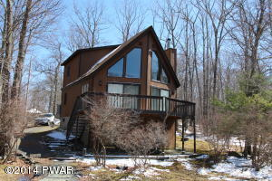 105 Inverness Ct, Milford, PA 18337