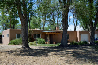 29 Faculty Lane, Corrales NM