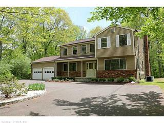 933 Bullet Hill Rd, Southbury, CT 06488