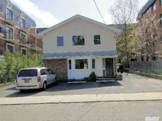 10 Chelsea Place, Great Neck NY