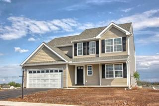 215 Andrew Dr, York, PA 17404