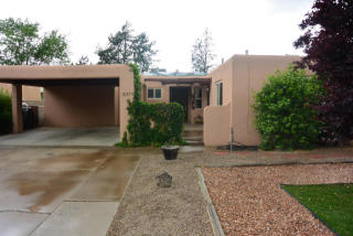 1833 Moon Street Ne, Albuquerque NM