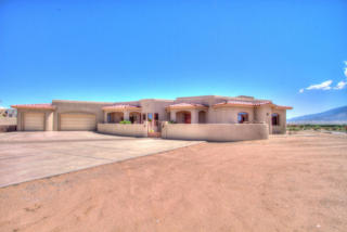310 C De Baca Road, Corrales NM
