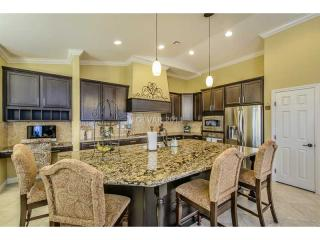 956 Rue Grand Paradis Lane, Henderson NV