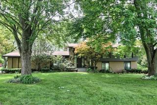 6333 Saint James Drive, West Bloomfield MI