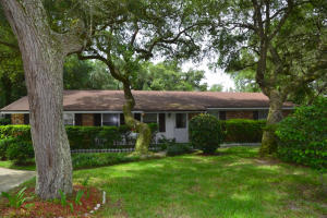 211 Pilgrim Avenue, Fort Walton Beach FL