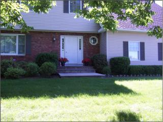 7 Fernleigh Dr, Cooperstown, NY 13326