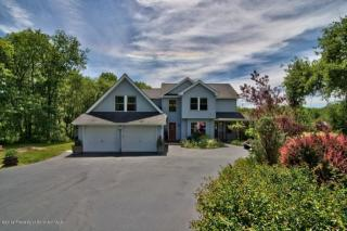 284 Clifton Beach Road, Clifton Township PA