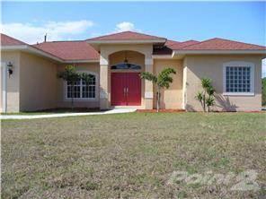 305 Pembroke Drive, Port Charlotte FL