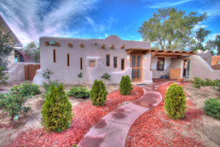 2909 Rio Vista Ct SW, Albuquerque, NM 87105
