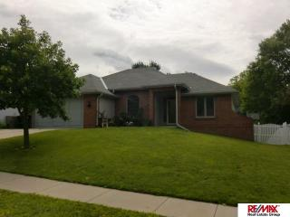 812 Lexington Lane, Papillion NE