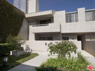 2233 Century Hill, Los Angeles CA