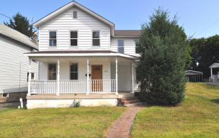 846 N Valley Ave, Olyphant, PA 18447