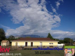 233 Mama Rd, Corrales, NM 87048