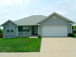529 Cox Ave, Republic, MO 65738