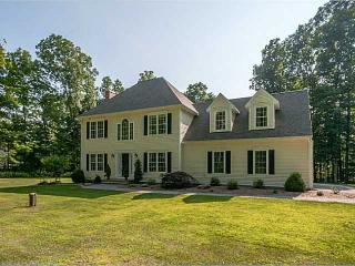 14 Wood Fern Way, Andover, CT 06232